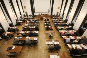 Blick in eine Sitzung des Rates der Stadt Bochum, aufgenommen am 23.10.2008. +++ Foto: Lutz Leitmann/Stadt Bochum, Presseamt