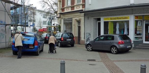 Parkverbot in den Fußgängerzonen durchsetzen
